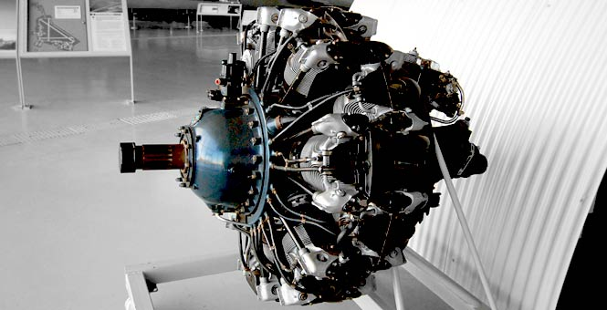 Pratt & Whitney R-1830 Twin Wasp Aircraft Engine Pictures