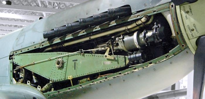 Rolls-Royce Griffon Aircraft Engine Pictures, Information