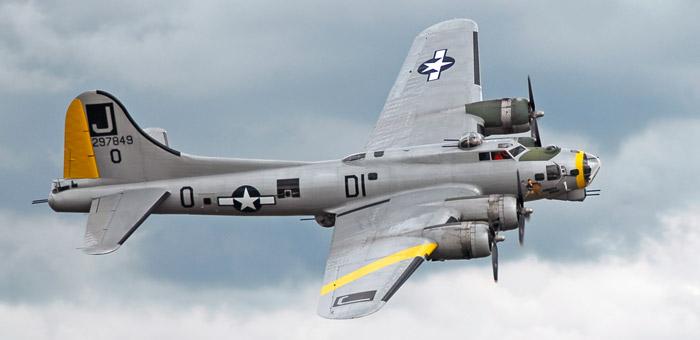 boeing b 17 flying fortress bomber