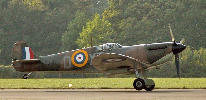 Spitfire-Mk-IIA.jpg